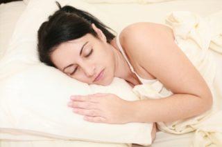 午後10時じゃなくてもOK!? 「良質な睡眠」が脂肪燃焼のカギ
