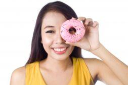 """ドーナッツよりも脂肪が多いが""""健康的""""な5つの食べ物"""