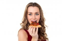 「やけ食い」「激ヤセ」どっちもイヤ!ストレスと食欲の関係性って?